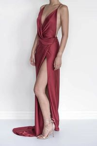 Vkbridal Sexy V-Neck Burgundy Prom Dresses with High Split Long A-Line Satin Party Dresses Backless Formal Evening Gowns