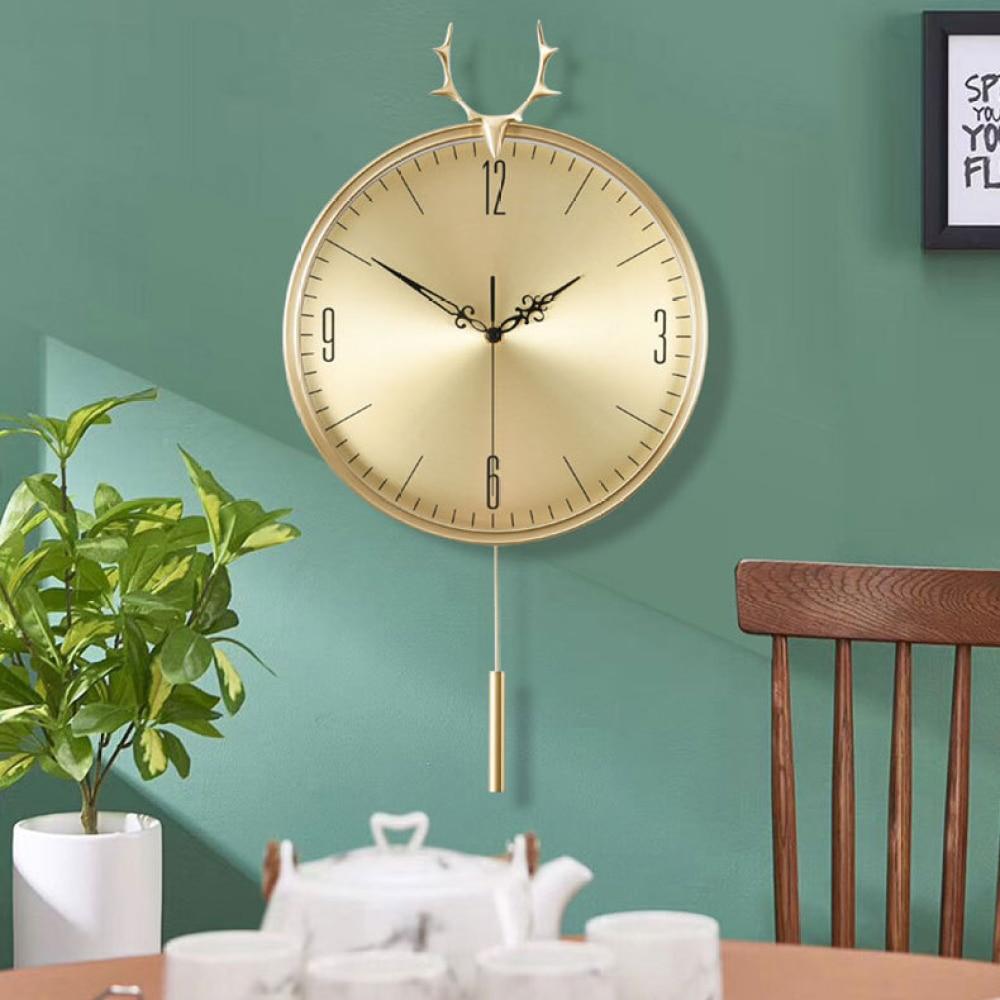 Nordic pure copper deer head wall clock living room decoration fashion creative clock mute interior decoration wall clock