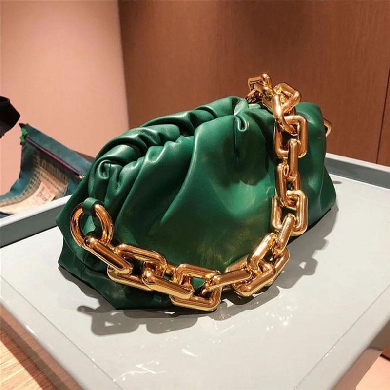 حقيبة كتف نسائية من الجلد الطبيعي ، إكسسوار فاخر ، سلسلة مصممة ، حقيبة كتف ، عصرية ، 2020