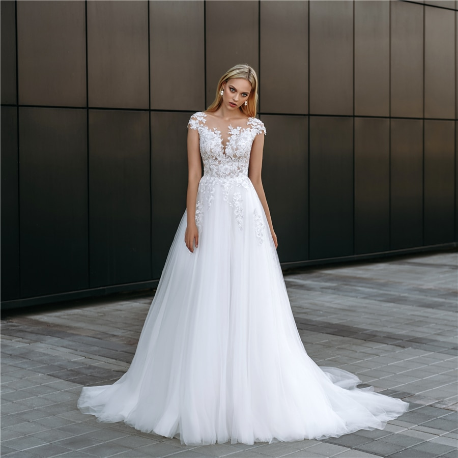 Свадебное платье с кружевной аппликацией и рукавами-крылышками, белая пышная фатиновая юбка, свадебное платье с пуговицами сзади