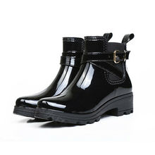 Primavera otoño moda mujer señoras Botas de lluvia impermeable de goma Slip-on Wellies media pantorrilla botas de nieve con estilo