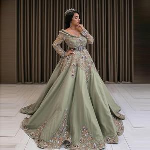 Luxurious Beads Diamond Moroccan Kaftan Ball Gown V Neck Tassel Dubai Arabic Wedding Dresses Applique Muslim Bride Dress