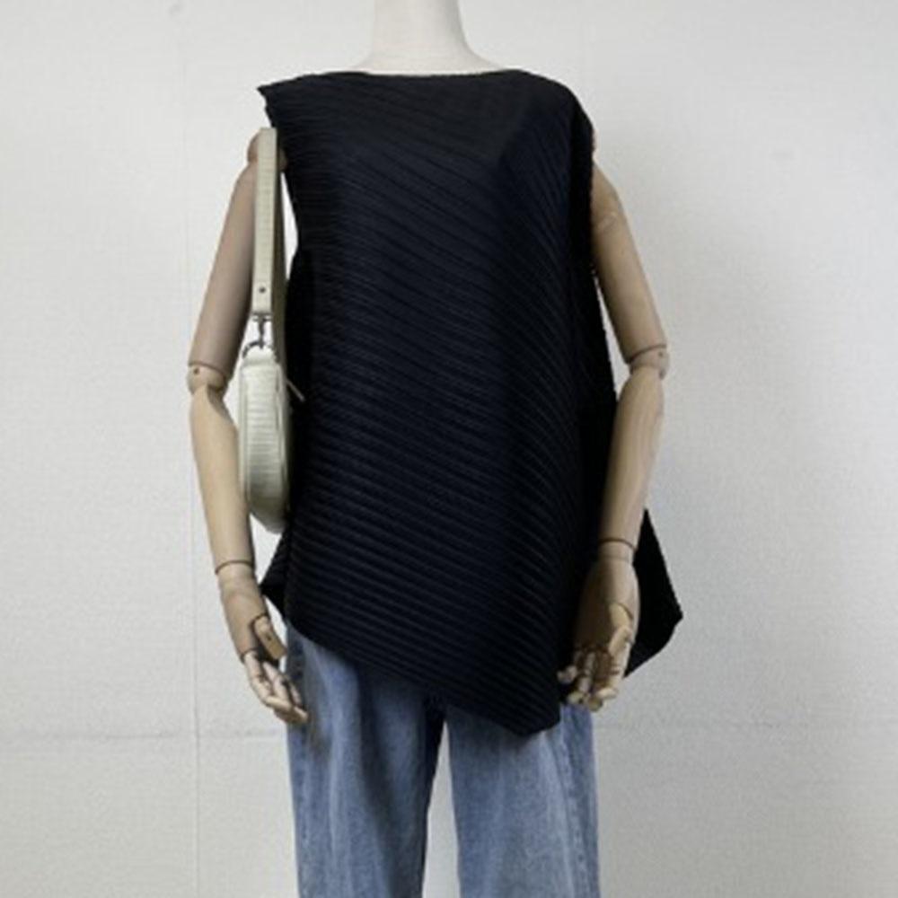 2021 Japanese Style Korean Fashion Temperament Summer Tank Top Folds Irregular Solid Color Hypotenus