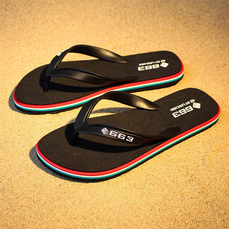 2021 Summer  Slippers Flat Flip Flops Beach Shoes Outdoor Breathable Bathroom Shoes Woman Slip On Man Slippers