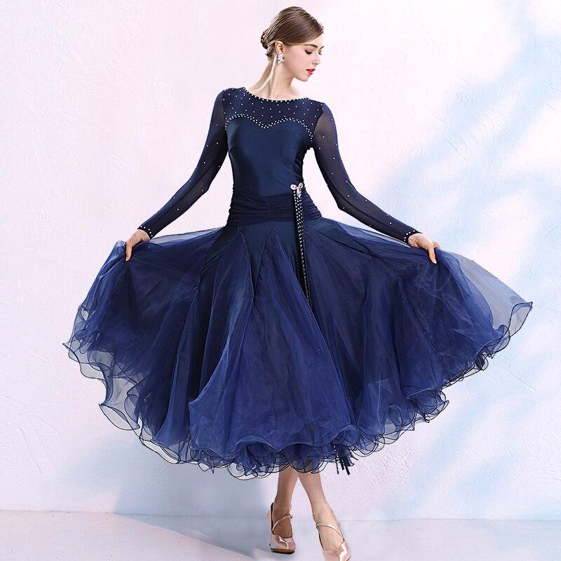 فستان رقص رشيق حديث ، فستان رقص قياسي وطني لمسابقات الرقص ، ملابس تدريب بأكمام طويلة