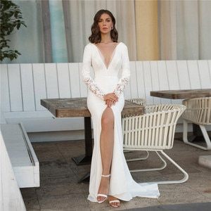 Elegant Mermaid Wedding Dresses High Slit V-Neck Backless Long Sleeves Bridal Gown Floor Length Lace Appliques Simple Plus Size