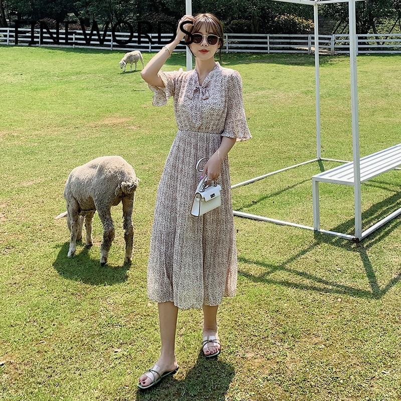 FINEWORDS verano gasa elegante coreano plisado vestido Vintage Floral playa Boho vestido de talla grande Flare manga lindo vestido Harajuku