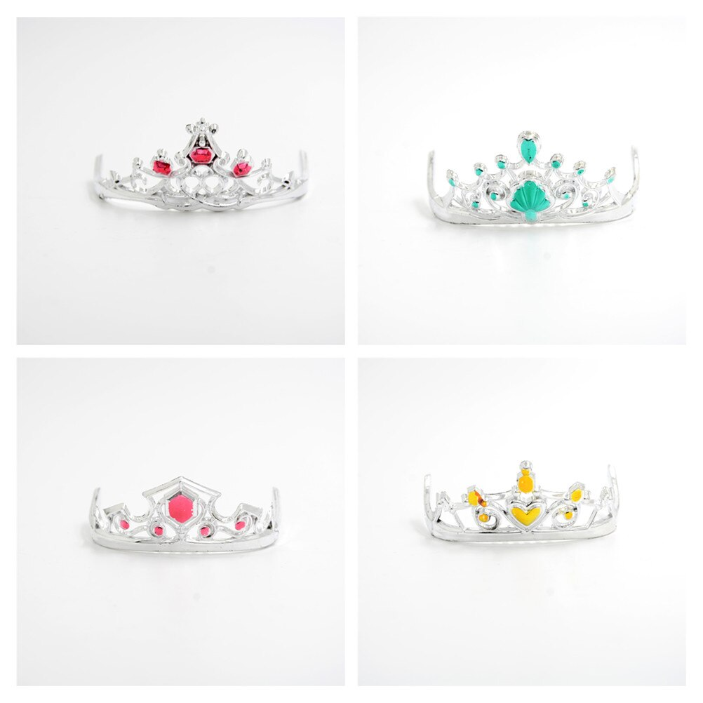 8 pçs/lote mini bonito plástico coroa princesa imperatriz para bonecas acessórios crianças dollhouse headwear presente brinquedo