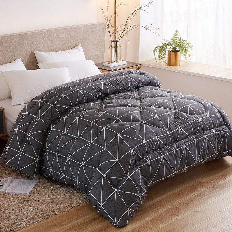 New Design Comforter Superfine Fiber Winter Quilt Comforter Polyester Blanket Duvet Filling With Cotton Cover Hot Sales Quilts