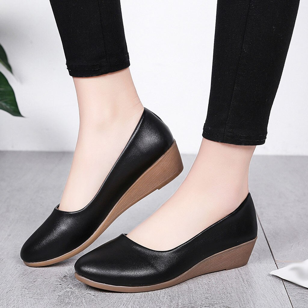 2019 zapatos de mujer de moda zapatos planos de gamuza de alta calidad zapatos de goma de punta redonda para mujer zapatos planos de Ballet de talla grande