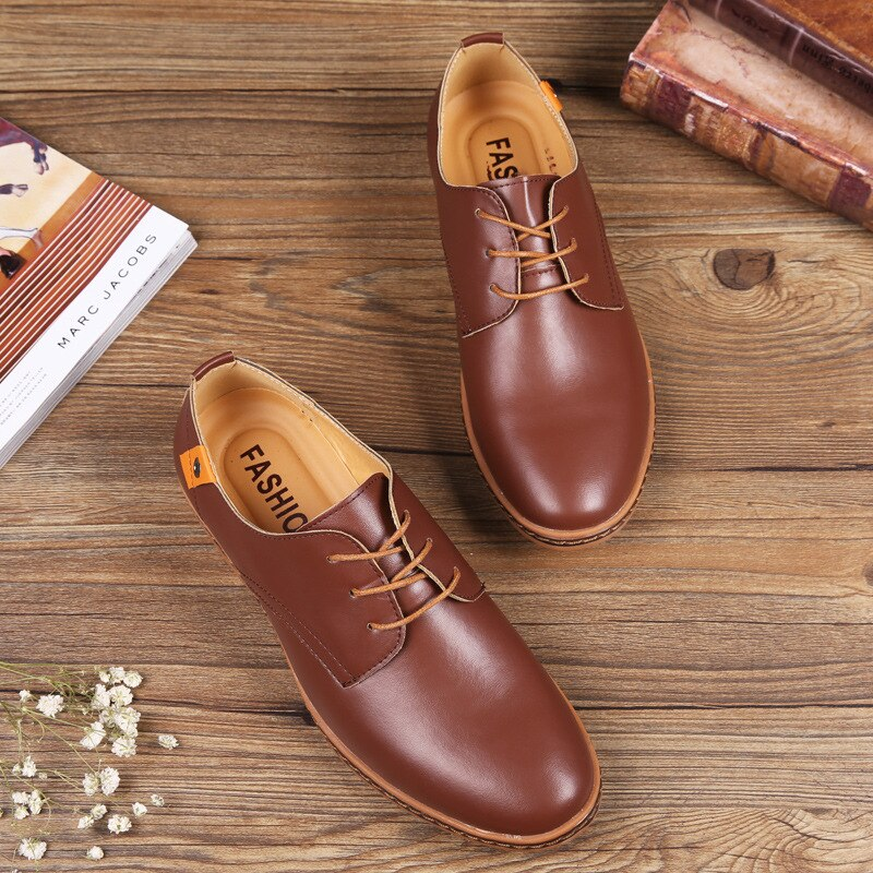 Men Must Have Basic Shoes Low Top Black Brown Blue Men Oxford PU Leather Shoes Comfortable Men Offic