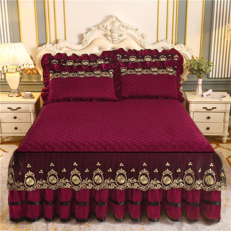 المفرش على السرير رشاقته تنورة القطن الدافئة خط ورقة الشتاء Mattresses حامي المخملية القطن منقوشة الملكة حجم الفاخرة الدانتيل