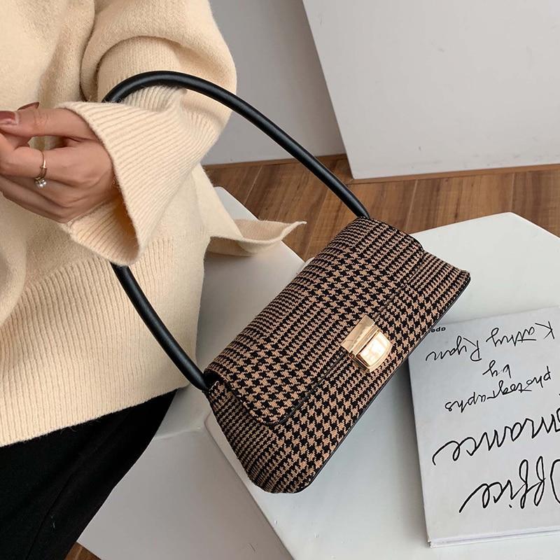 2020 Luxury Women's Single Shoulder Bag Vintage Underarm Package Brand Designer Handbag Purse Small Party Evening Clutch Bag