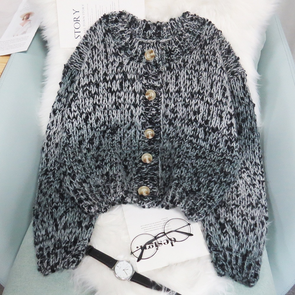 2021 Autumn cardigan O-neck Short knitting sweater Gradient  Cardigan for women Top with sleeves Sweater enlarge