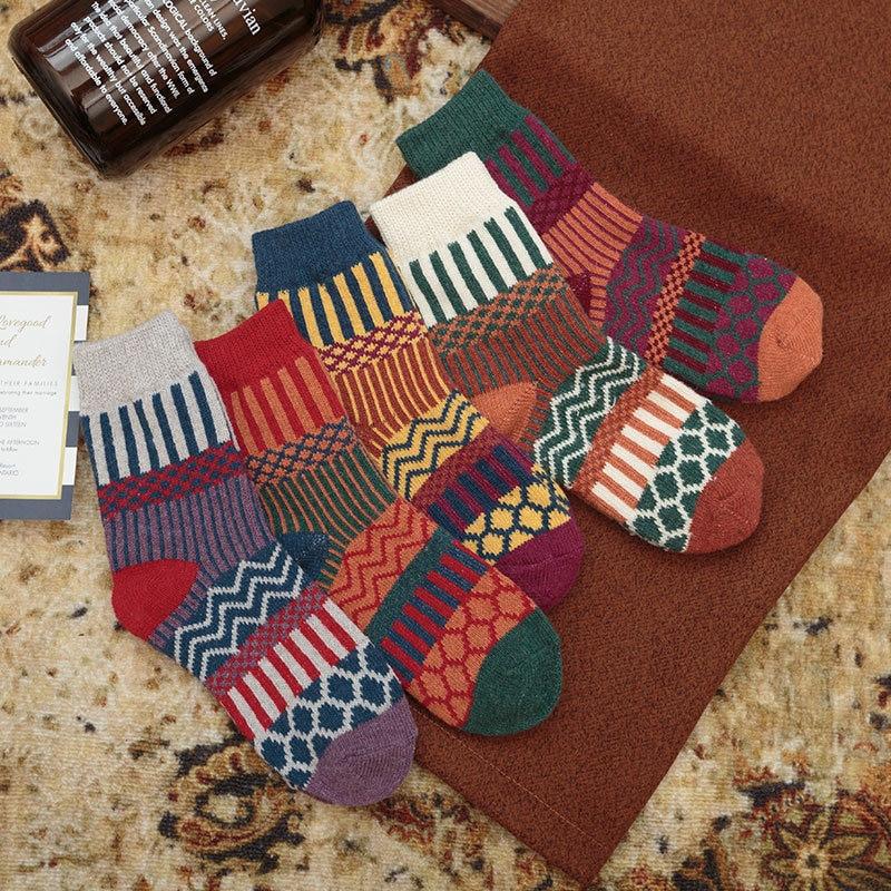 1 Pair New Winter Thick Warm Wool Women Socks Colorful Socks Fashion Casual Euramerican National Win