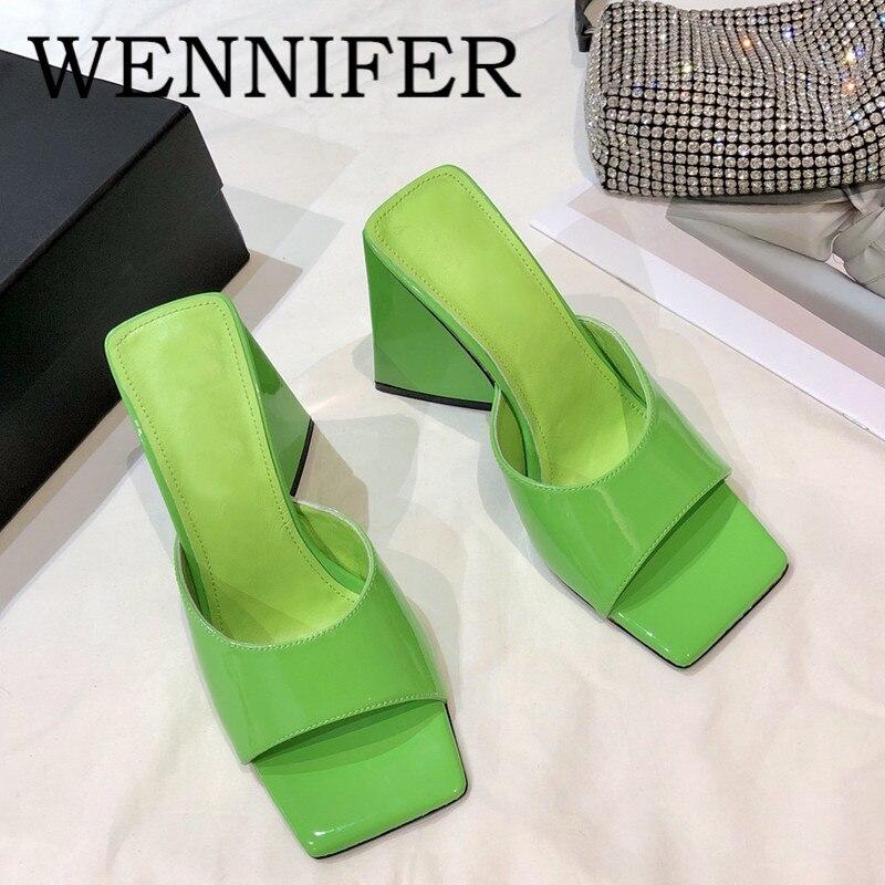 2021 الصيف النيون الأخضر جلد طبيعي النساء البغال ساحة تو سميكة عالية الكعب النعال المدرج مأدبة أحذية الحفلات النساء Sandalias