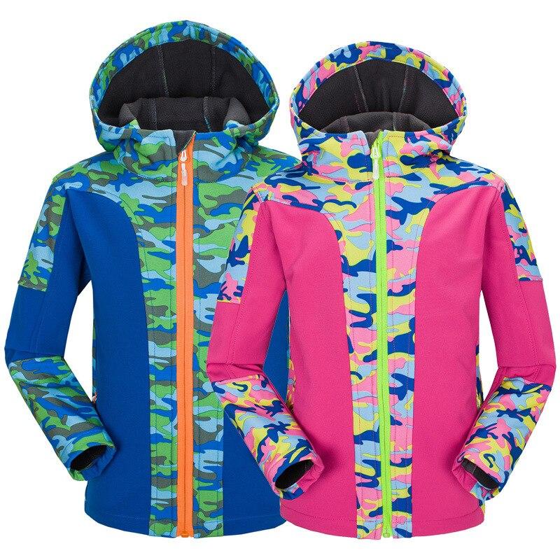 Primavera y otoño nuevo estilo ropa deportiva al aire libre funda suave impermeable chaqueta de lana caliente para hombres y mujeres