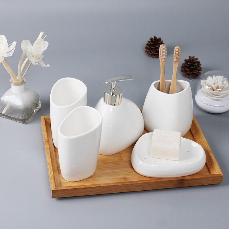 Accesorios de baño de calidad de vida cinco juegos de suministros de baño taza de baño para lavar la boca soporte de cepillo de dientes jabonera de cerámica