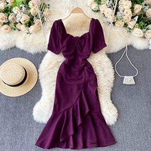Korean 2021 spring new dress V-neck short sleeve slim minority design sexy hip wrap fishtail