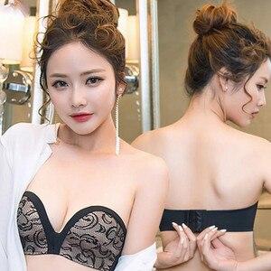 Sexy Lace Strapless Bra Seamless Push Up Bra Women's Underwear Adjustable Strap Ladies Wedding Invisible Bra Brassiere Summer