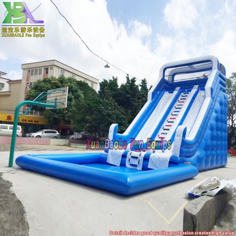 زحليقة مائية زرقاء وبيضاء 8 متر للاستخدام المنزلي في الحديقة زلاجة مائية قابلة للنفخ مع حوض سباحة محمول في المقدمة
