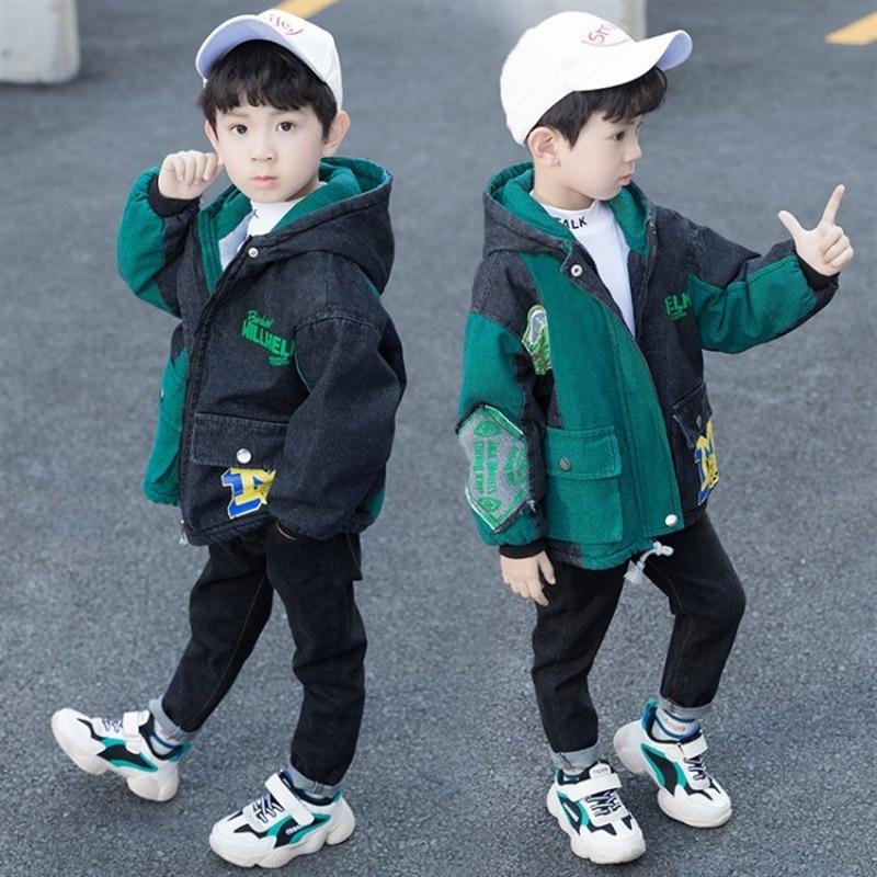 2020 new boys' autumn and winter clothes coat handsome denim wear Korean style boys' fleece padded tops enlarge