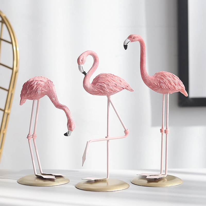 Creative resin crafts flamingo ornaments home living room desk ornaments wine cabinet decoration light luxury furnishings gifts недорого