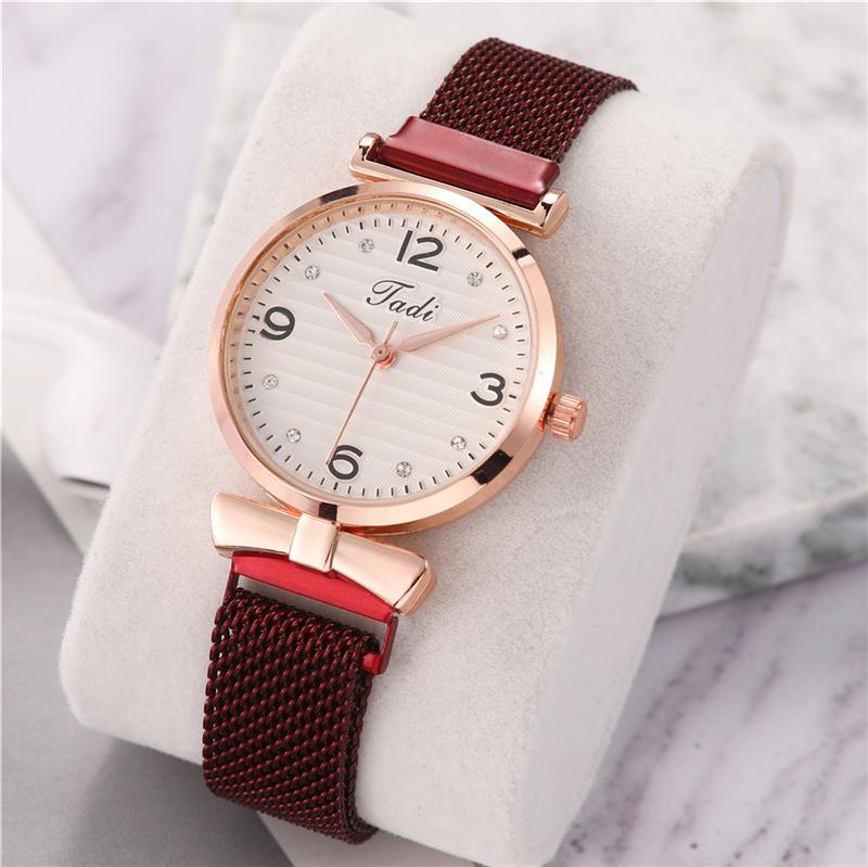 Luxury Ladies Magnetic Buckle Watch Small Dial Mini Women Fashion Quartz Watches Elegant Bow-Knot Female Wristwatches Mesh Strap
