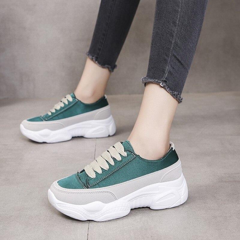 2020 zapatillas de moda en blanco y negro zapatillas de mujer con cordones ligeros transpirables zapatos de cuña antideslizantes para mujer K19-48