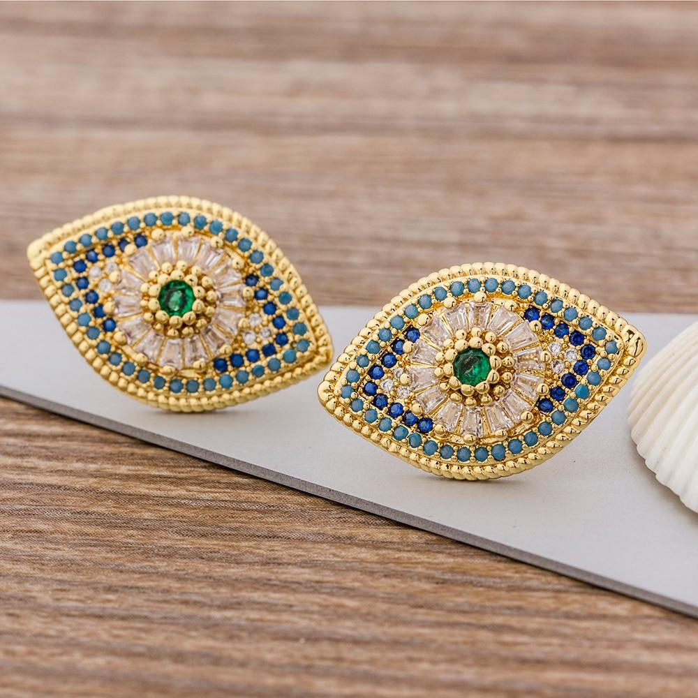 Venta caliente colorido Micro Pave CZ lujo oro Color Arco Iris Stud pendientes para mujeres niñas joyería de moda mejor regalo de cumpleaños