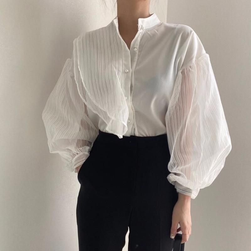[Ewq] 2020 outono novo gola chique pérola botão solto perspectiva malha costura lanterna manga camisa blusa feminina