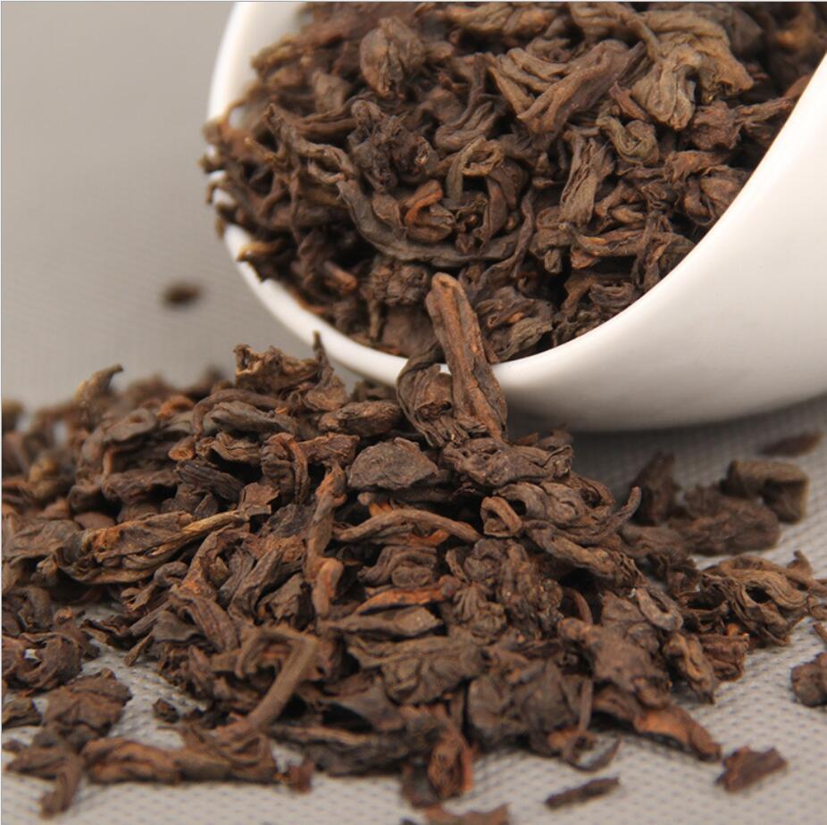 أقدم شاي يوننان ناضج صيني لعام 2012 ، طعام أخضر للتنحيف للعناية الصحية ، شحن مجاني