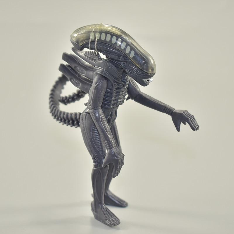 11CM Mini small  PVC Model Toys Action Figure Aliens vs Predator Warrior collection For Children Gift