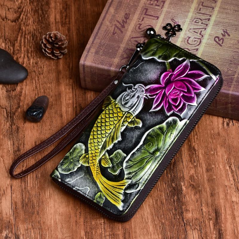 New Genuine Mulheres de Couro Em Relevo Carteira Longa Floral Padrão de Peixe À Mão do Estilo Chinês Saco de Embreagem Zíper Bolsa Feminina Bolsa De Pulso