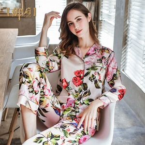 house of silk pajamas 100% female two suits in the spring and autumn mulberry silk printing long silk household to take