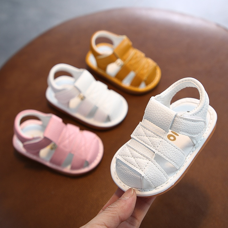 Factory wholesale hot sale comfortable one-piece delivery 2021 summer new soft bottom children's sandals open toe boys and girls