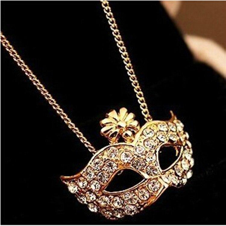 ¡Novedad! Exquisita máscara de zorro con colgante de diamantes de imitación, collar a la moda retro con colgante de máscara de zorro, collar de regalo