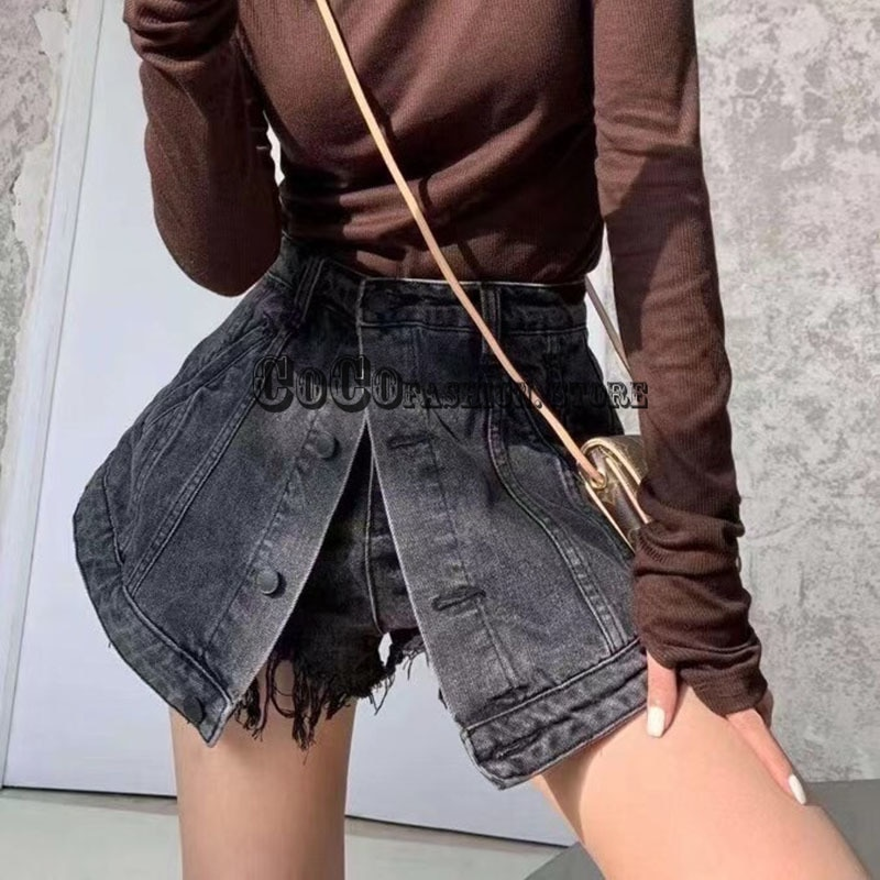 Luxury design 2021 woman fashion new style Personality design Single breasted high waist skirt denim shorts women short clothing
