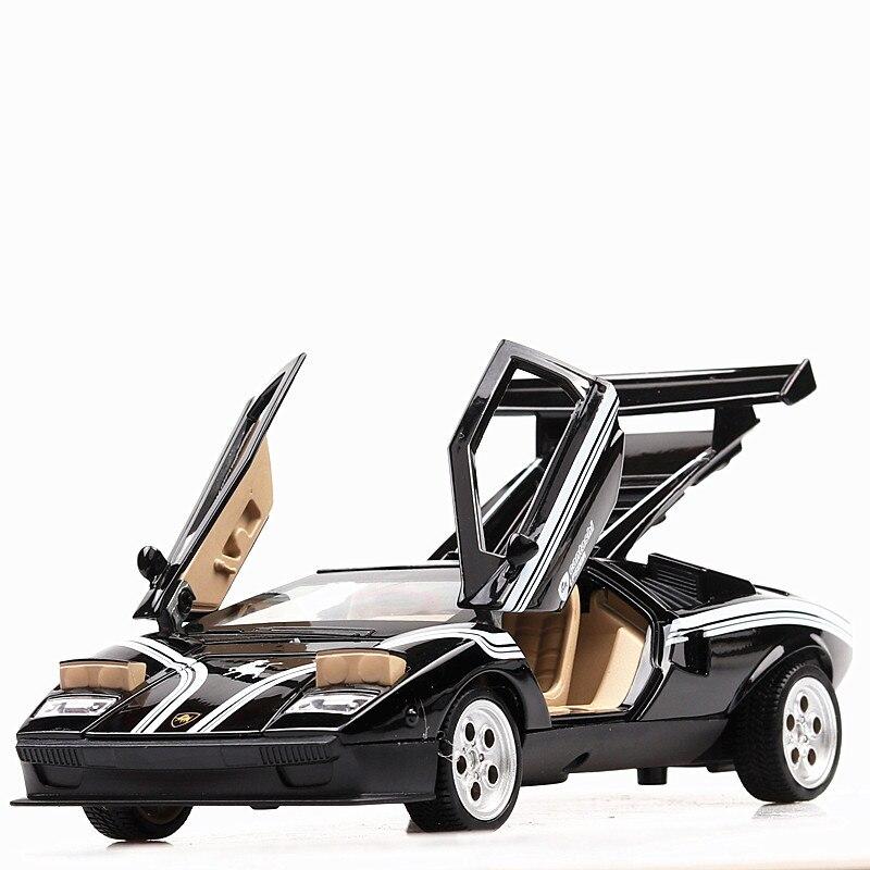 132 klassische Diecast Super Sport Auto Berühmte Bull Lambor Countach Metall Modell Pull Back Spielzeug mit Licht Sound