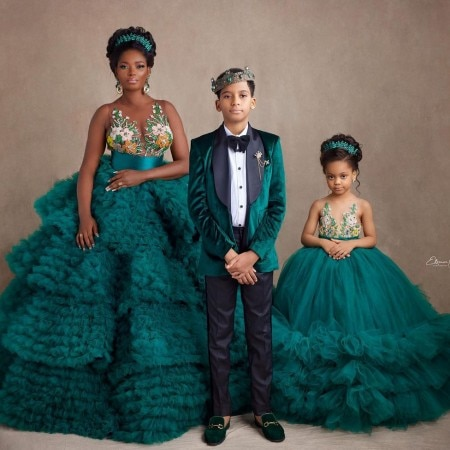Charming Green Ball Gown Mother And Daughter Maternity Gowns Flower Appliques Mom And Me Ruffles Photo Shoot Gown