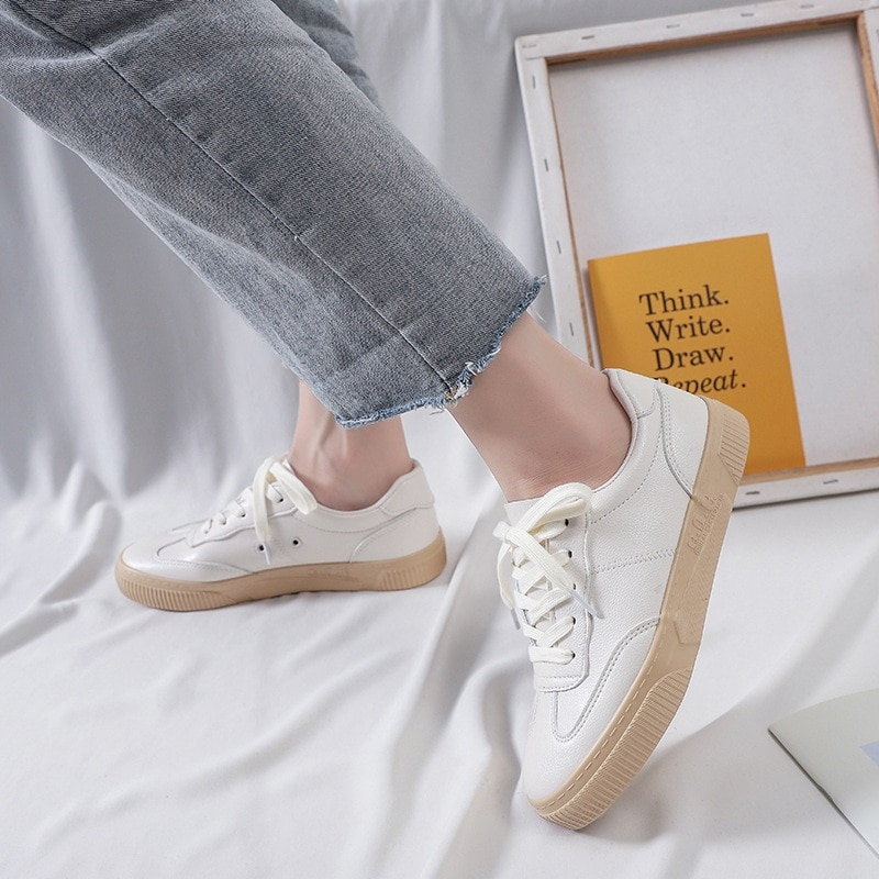2021 New Casual Flats Sneakers Women's PU Fashion Trend White Comfortable Vulcanize Shoes Loafers