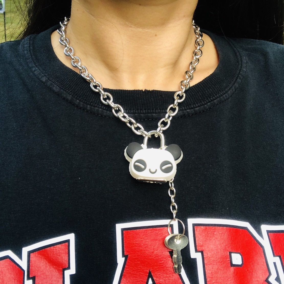 Collar de cadena de clavícula Punk de Chica oscura, colgante de bloqueo de Panda, collar de chica de tierra fresca Bundy