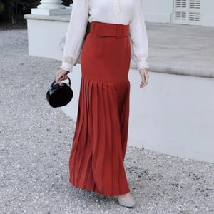 Elegant Muslim Long Pleated Skirt Women High Waist Casual Maxi Plissee Skirt Islamic Turkish Clothing Red Black Skirt Jupe Femme
