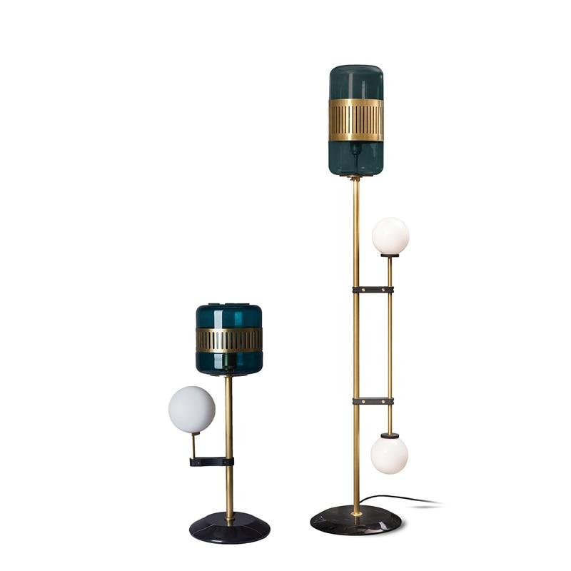 Lámpara de escritorio Vertical de cobre lleno postmoderna, lámpara de pie, modelo de diseñador, lámpara de escritorio de cristal de mármol para casa, lámpara de noche para dormitorio