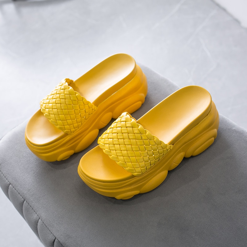 ¡Novedad de 2019! Chanclas de moda para mujer, Sandalias planas, zapatos de mujer con tacón plano y Punta abierta, sandalias de mujer con agujeros
