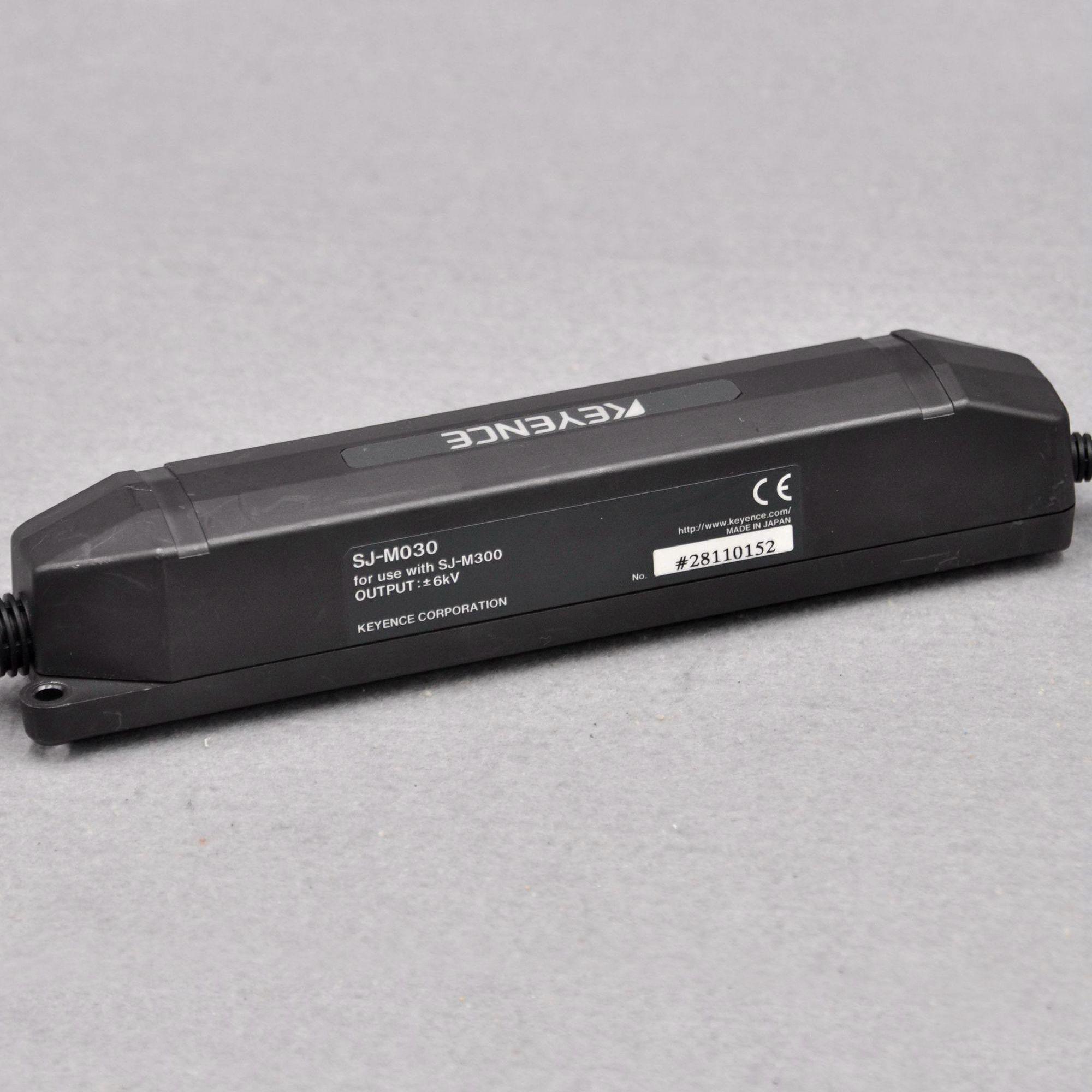 KEYENCE SJ-M030 third generation electrostatic precipitator with SJ-M300 static eliminator controller set for sale enlarge