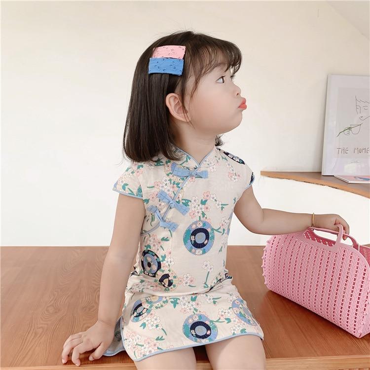 3753 Estilo de China vestido de niña pequeña elegante falda Cheongsam dividida para niños vestido Qipao estampado de flores vestido elegante para chico chica