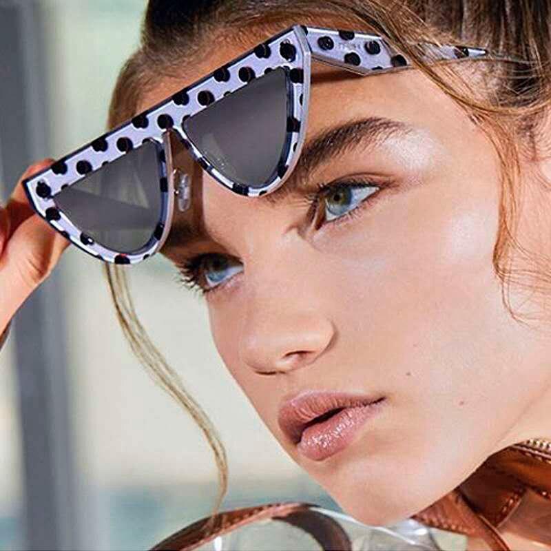 Nova personalidade triângulo gato olhos senhoras óculos de sol europa e a tendência pequena caixa óculos de sol dot street shot uv400