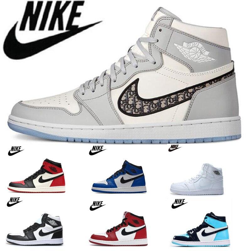 -Zapatillas Nike Air Jordan 1, Retro, Negro, dedo del cuero, para hombres,...