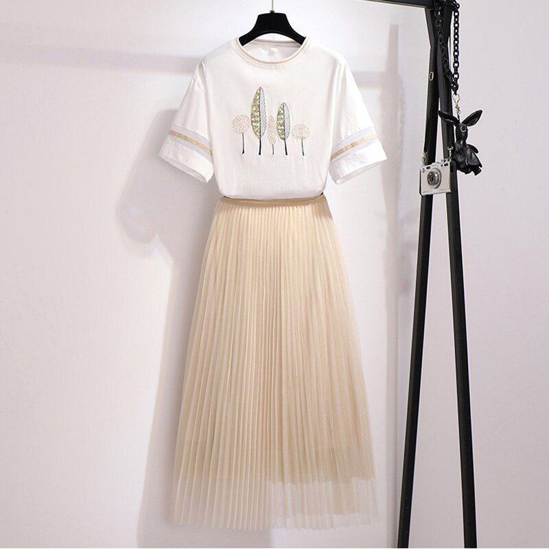 2020 New Summer Womens Two Piece Set Short Sleeve Fashion Printed T-shirt + Elastic Waist Mesh Skirt Set Ladies Mori Girl Suits